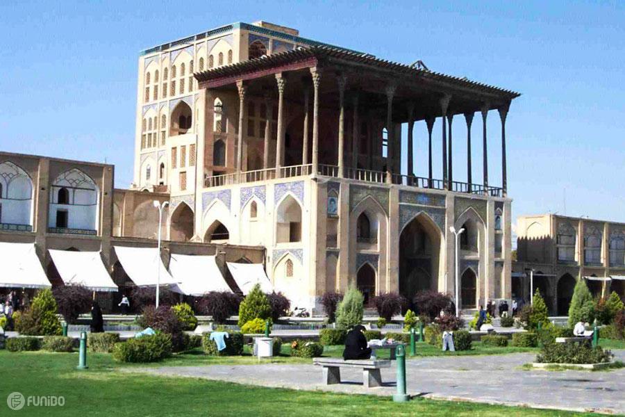 عالی قاپو اصفهان