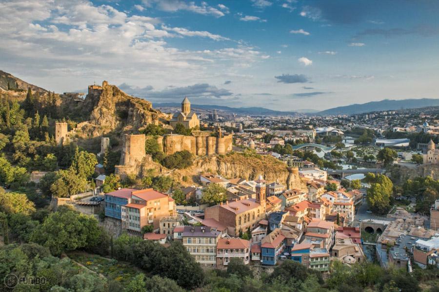 جاهای دیدنی تفلیس گرجستان - راهنمای جامع سفر به شهر تفلیس