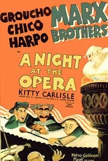 شبی در اپرا (1935) A Night at the Opera