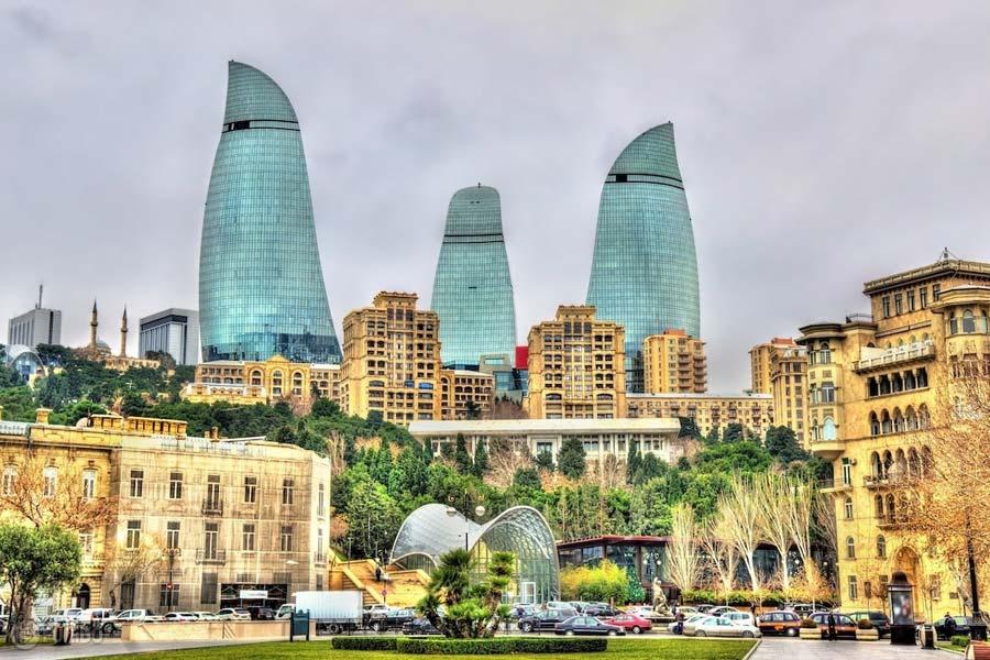 جاهای دیدنی باکو بههمراه راهنمای جامع سفر به پایتخت کشور آذربایجان