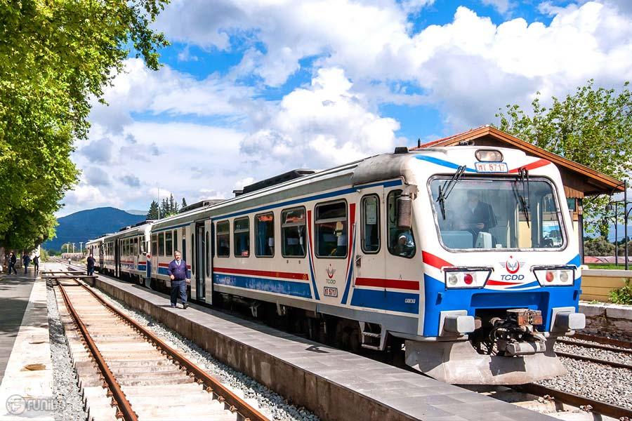 مسافرت به ترکیه با قطار